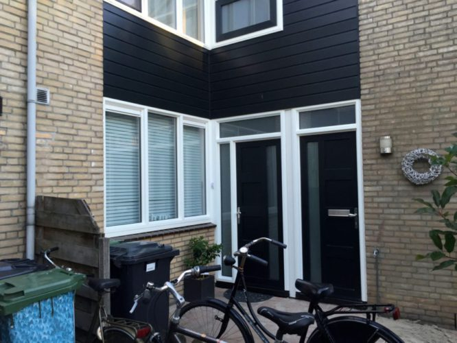 Kunststof kozijnen met Keralit ertussen geplaats in woning aan Einsteinstraat 42 in Schoonhoven door ETD kozijn.