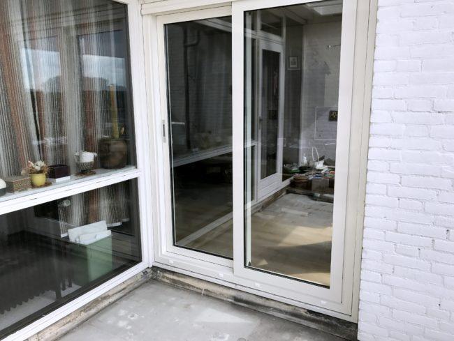 aluminium schuifpui geplaatst aan de Zandvoortselaan in Heemstede